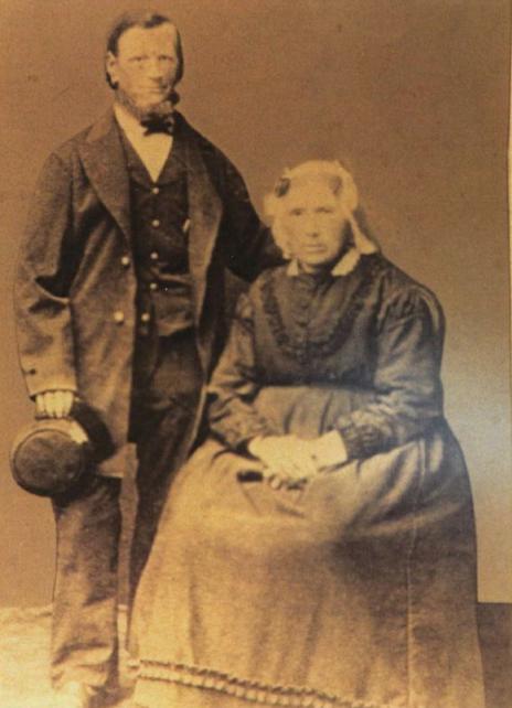 Feije Pronker en Elizabeth Bakker,1897, Slauerhoff syn pake en beppe, coll. Ton F. Pronker.jpg